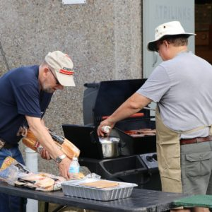Doug VA3DCE and Joe VE3VGJ make a great team for manning the BBQ!